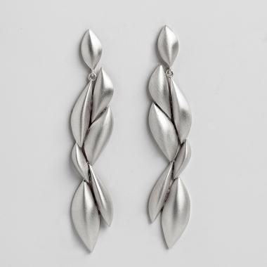 Oscillation L Earrings